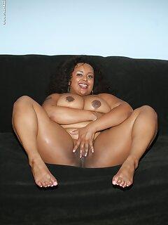 Ebony SSBBW Pictures